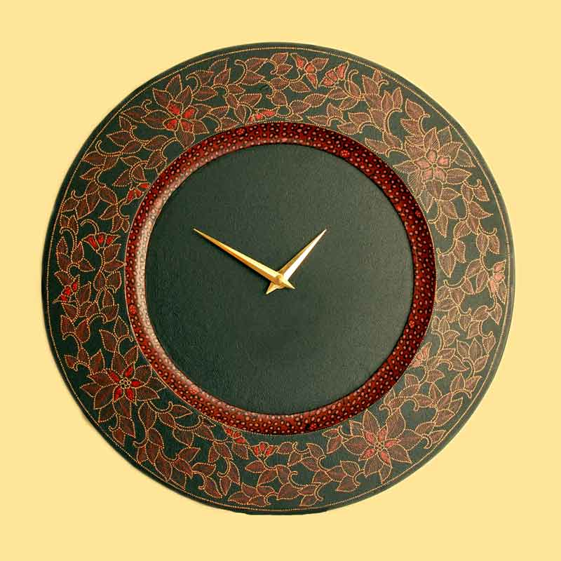 Artistic handcrafted wall clocks